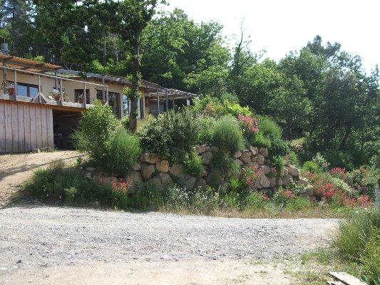 Habitat group co hameau maison en paille for Maison eco naturelle