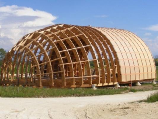 Au coeur de la vie rubrique eco hameaux science de la vie for Maison dome en bois