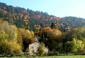 Off-grid house for sale France