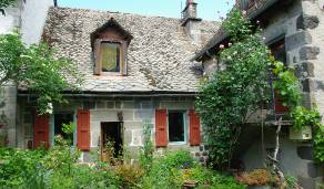 Maison restauration écologique Cantal Aveyron