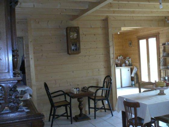 maison bois ecolo maison cologique pictures to pin on pinterest. Black Bedroom Furniture Sets. Home Design Ideas